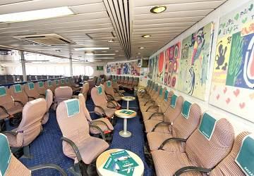 balearia_jaume_ii_seating_area