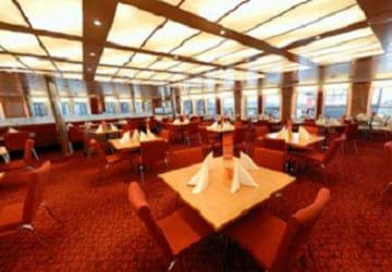 stena_line_stena_germanica_stena_plus_restaurant_seating_area