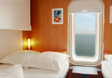 stena_line_stena_hollandica_5-bed_outside_cabin